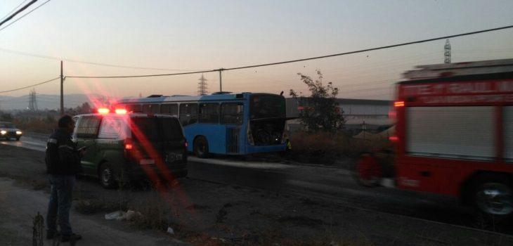 Bus del transantiago se incendi en avenida lo espejo for Lo espejo 03450 san bernardo