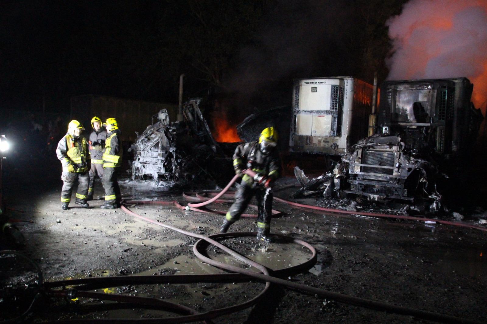 camiones-ataque-incendiario-araucania-3