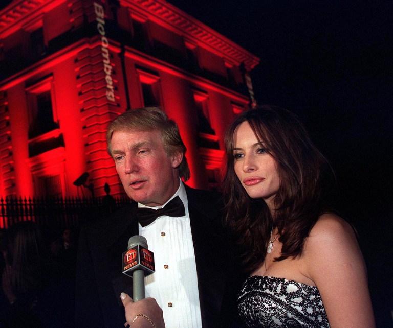 Melania y Donald Trump en 2001 | Agence France-Presse