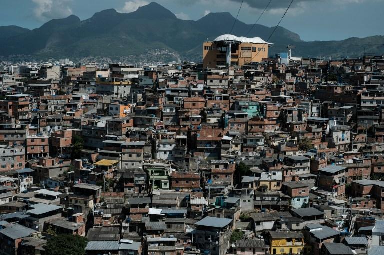 El teleférico sobre la favela de Alemao, en Río de Janeiro |  Agencia AFP | Yasuyoshi Chiba