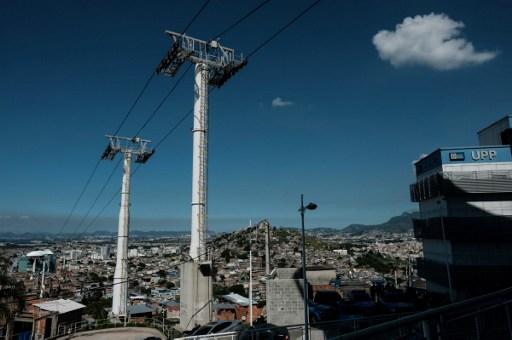 Así operaba el teleférico sobre la favela de Alemao, en Río de Janeiro |  Agencia AFP | Yasuyoshi Chiba