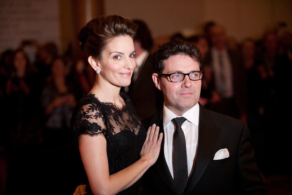 Tina Fey y su esposo   AFP