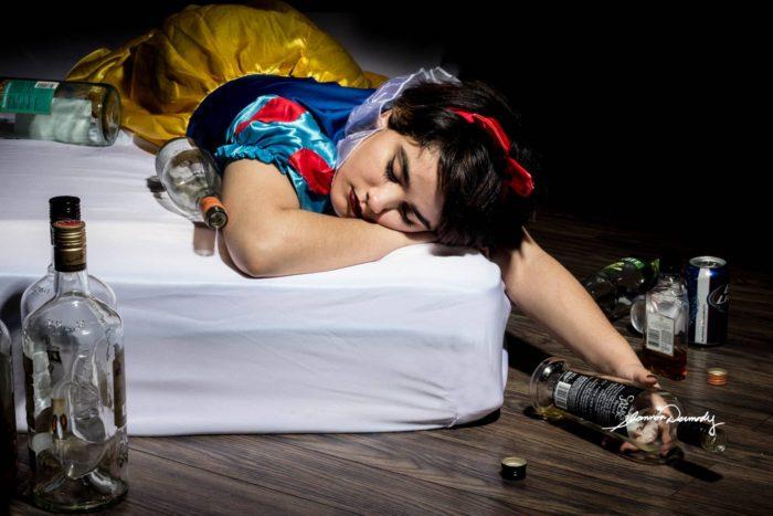 Blancanieves (Alcoholismo) | Shannon Dermody