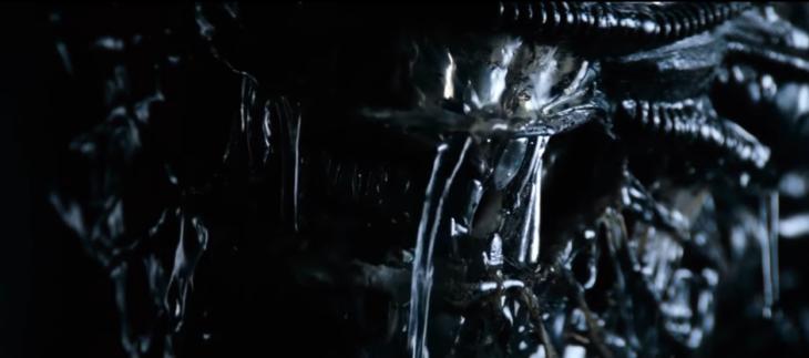El rostro de un 'alien' - MovieJunkie | Youtube