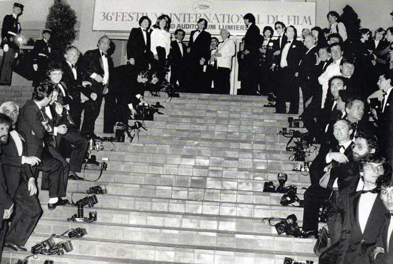 Los fotógrafos esperando a Isabelle Adjani en Cannes 1983 | elmundosinbrando.cl