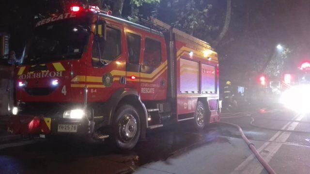 Incendio afectó la estructura de conocido restaurant de Chillán Viejo