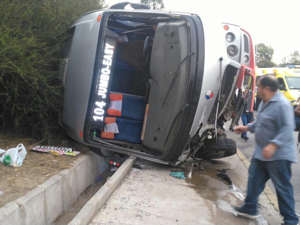 Accidente en ruta que une Viña y Quilpué dejó un fallecido