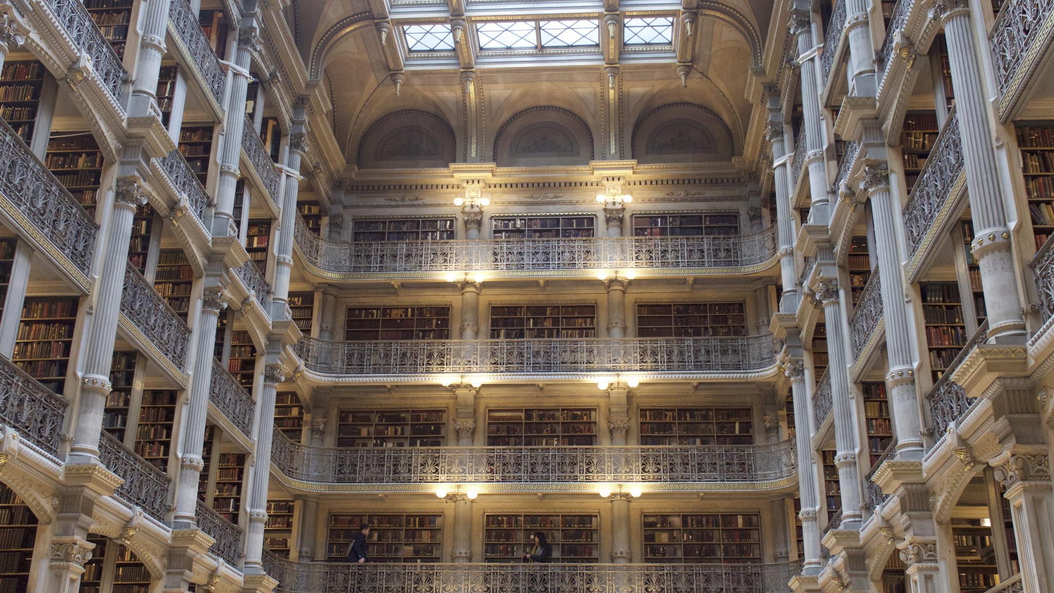 Biblioteca del Instituto Peabody   davidjoyner en Flickr (cc)