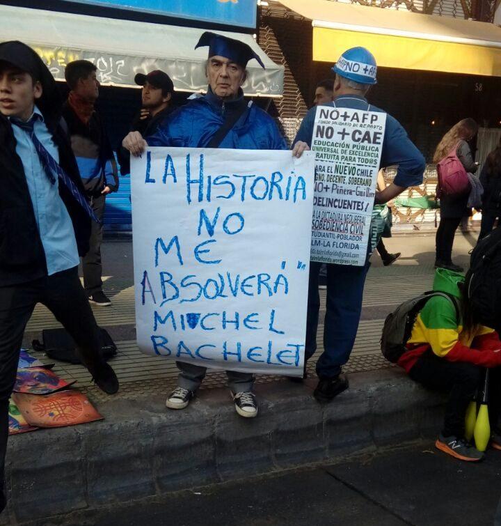 Adimark: Bachelet alcanza su mayor aprobación en los últimos dos años