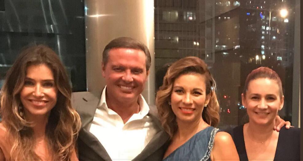 Luis Miguel apareció en fotografía con Maggie Hegyi e Ingrid Coronado