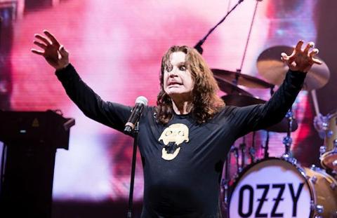 Cantante Ozzy Osbourne viaja hacia Chile: así lo dejó graficado en sus redes sociales