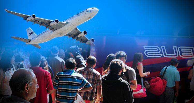 ¿Bus o avión? Estudio descubre qué le conviene más a tu billetera y agenda para viajar por Chile
