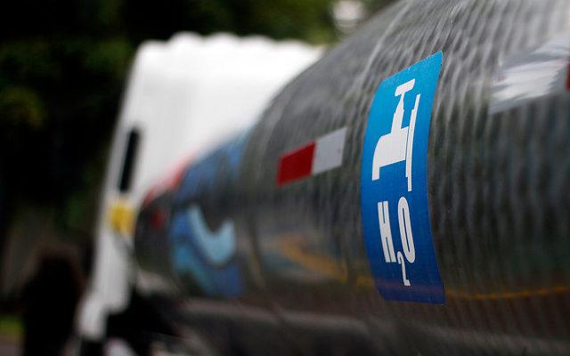 Empresario que distribuía agua en zonas rurales del Bío Bío enfrenta millonaria querella del SII