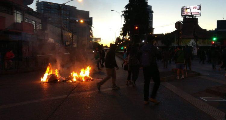 Con enfrentamientos terminó marcha por Matías Catrileo en Temuco: 3 personas fueron detenidas