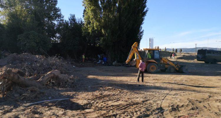 Con maquinaria pesada y Fuerzas Especiales: desalojan casa en sector Aurora de Chile de Concepción