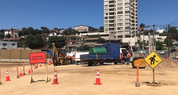 Apenas un 10% de avance presentan obras de rotonda Concón: autoridades inspeccionaron faenas