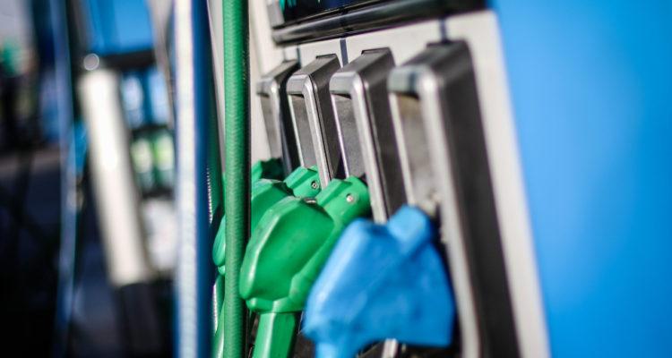 Vuelven a subir las bencinas: completan tercera semana consecutiva al alza