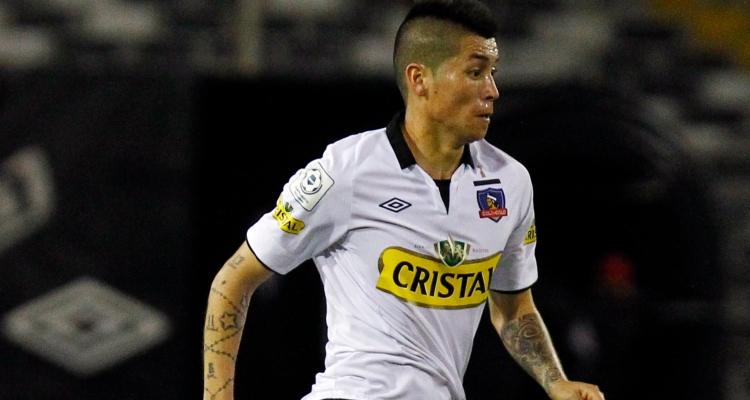 Detienen a exjugador de Colo Colo Jason Silva por manejar con licencia falsificada