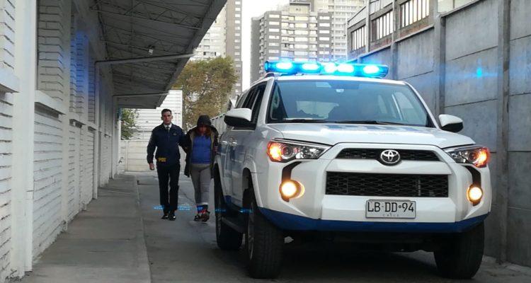 Prisión preventiva para acusada de apuñalar a hombre en Maipú: imputada habría intentado robarle