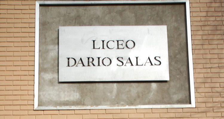 Denuncian ante el Minsal expulsión irregular de alumnos de Liceo Darío Salas mediante