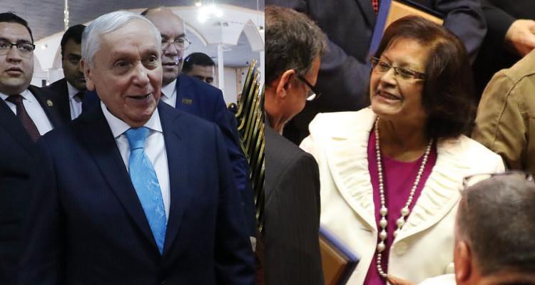 Actual esposa de obispo Durán en medio de sollozos: Si se quiere divorciar que renuncie a la iglesia