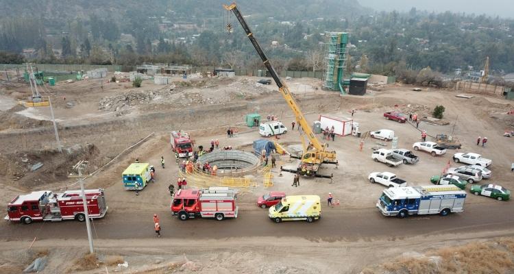 Trabajador murió tras caer en un pozo de la construcción de estanques de Aguas Andinas