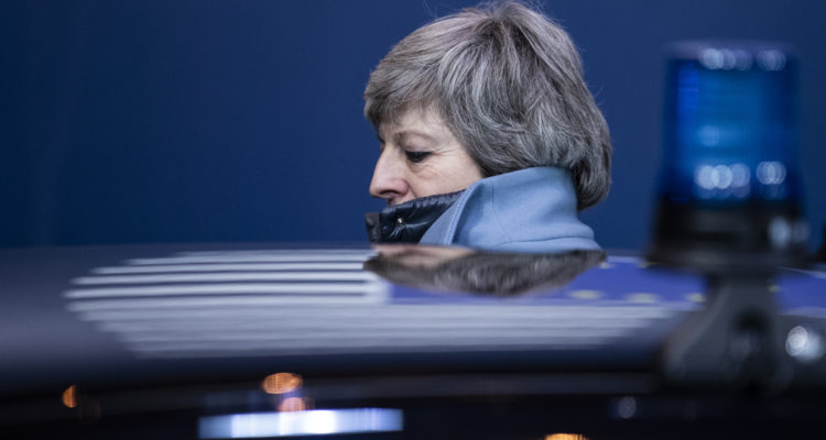 Comienza la carrera por la sucesión de Theresa May en Reino Unido