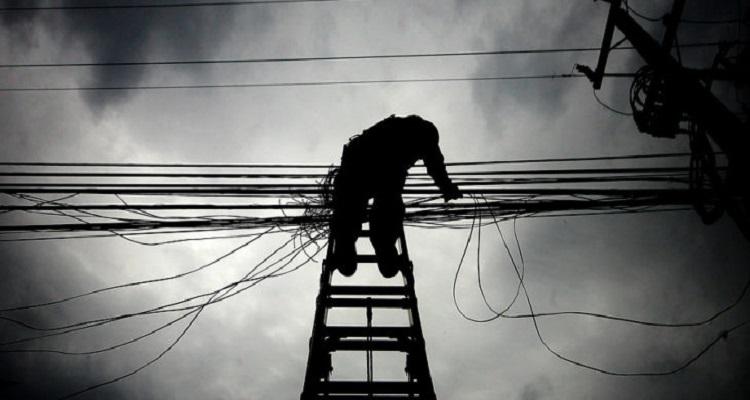 Más de 200 familias quedaron sin suministro eléctrico por robo de cables de cobre en Mulchén