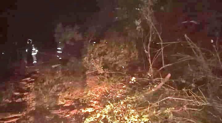 Más de 40 vehículos quedan atrapados en la desembocadura tras derrumbe en Hualpén