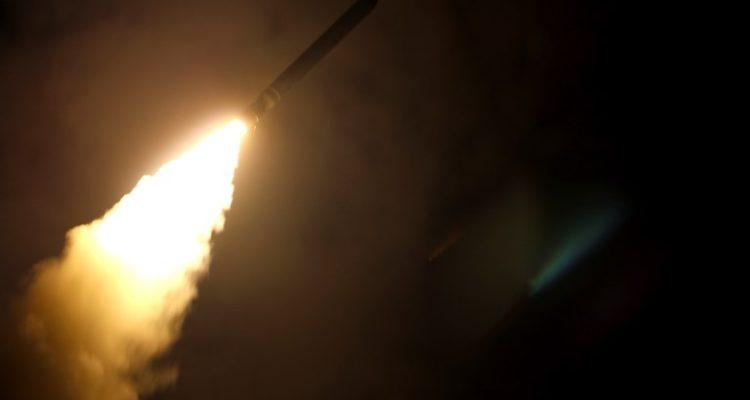 Defensa antiaérea de Siria dispara a misiles de Israel: aseguran que fue en respuesta a agresión