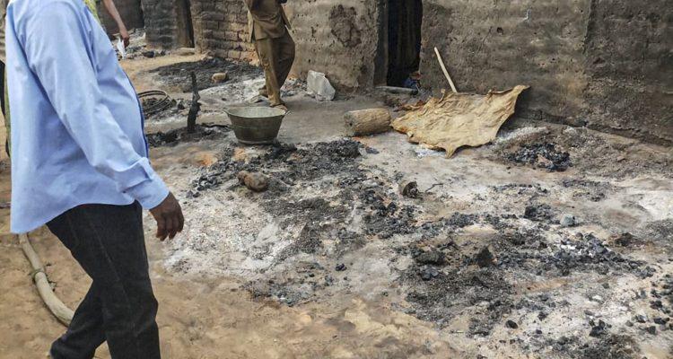 Aclaran matanza en aldea pacífica de Malí: hubo 35 muertos, de los cuales 24 eran niños