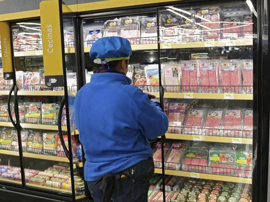 Huelga de trabajadores de Walmart comenzaría este miércoles de no lograr acuerdo con la empresa