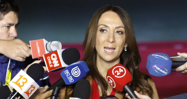 PS anuncia querella contra ministra Pérez y mantiene distancia con La Moneda