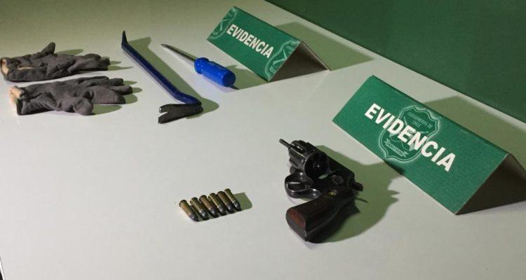 Dos detenidos por asaltos a transeúntes en Barrio Meiggs: se les incautó un arma de fuego