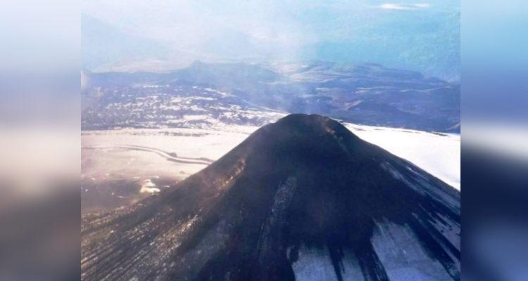 COE mantiene Alerta Naranja sobre volcán Villarrica y anuncia campaña de seguridad y prevención