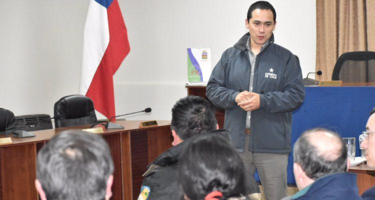 Renuncia gobernador de Capitán Prat en Aysén tras denuncia por abuso sexual