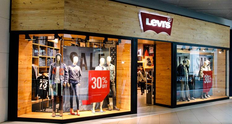 Familia chilena Eblen Kadis deja la administración de Levi's y Dockers en el país
