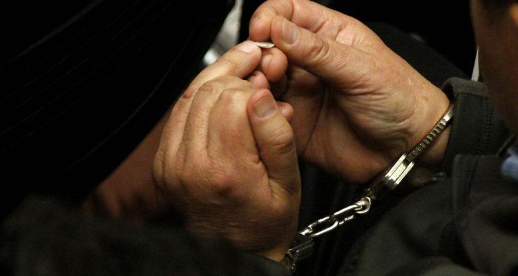 Condenan a hombre por violación reiterada contra su hija e hijastra en Maipú y Pudahuel