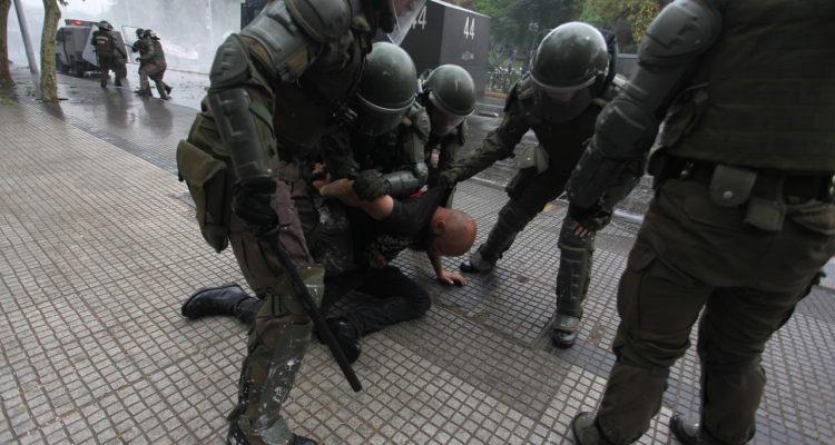 40 detenidos deja manifestación por el