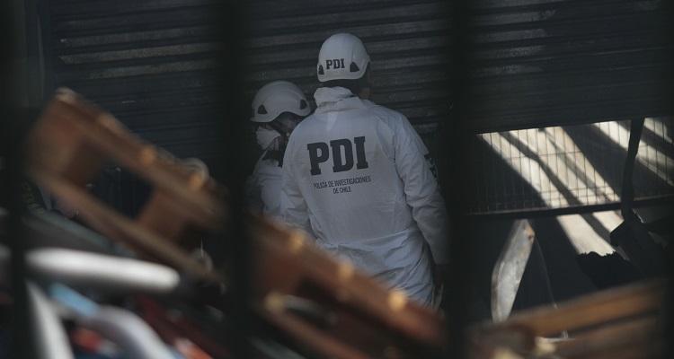 Confirman identidad de uno de los dos fallecidos en incendio que afectó a Construmart en La Pintana