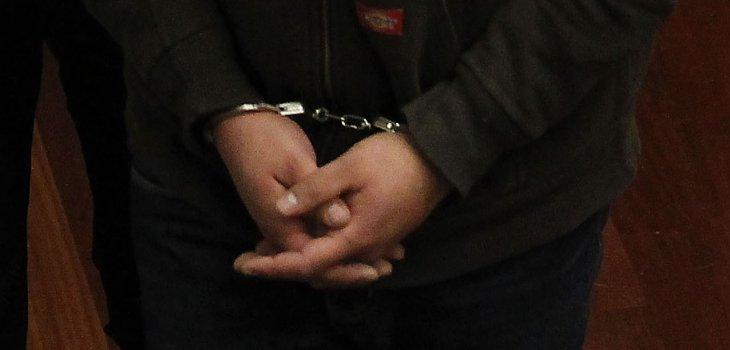 En prisión preventiva y bajo investigación quedó el presunto autor de dos homicidios en Pillanlelbún