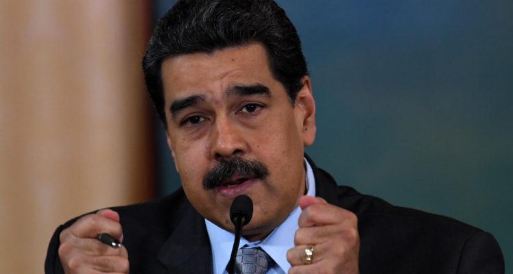 Maduro asegura que ha detenido a militares venezolanos por apoyar supuesto complot de EEUU
