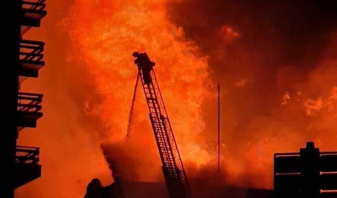 Bomberos requieren una mayor escala telescópica en Osorno tras incendio en edificio de 20 pisos