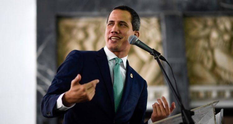 Proclamada presidenta interina de Bolivia reconoce a Guaidó como gobernante de Venezuela