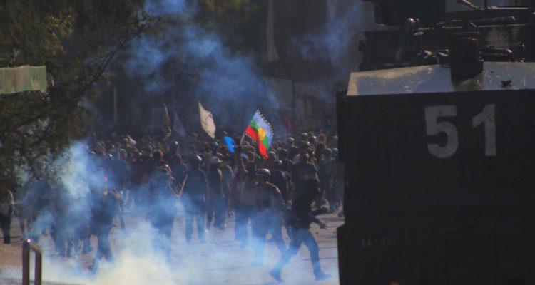 Hombre muere en inmediaciones de manifestación en Santiago