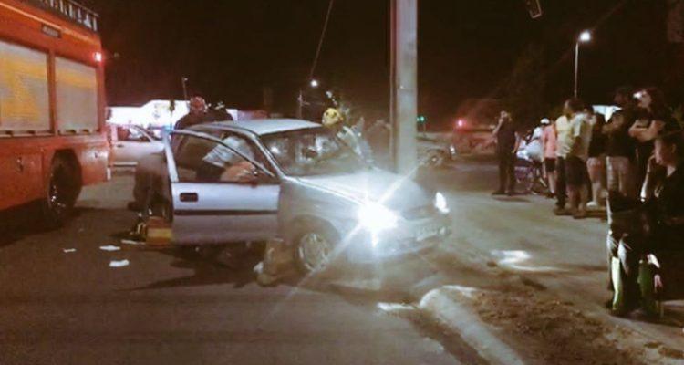 Colisión entre vehículos deja dos personas lesionadas en Talca