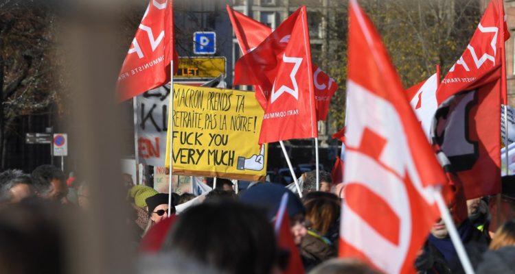 Los detalles de la reforma de pensiones de Macron que divide a Francia