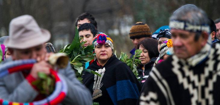Alcaldes mapuches, Rapa Nui y aymaras exigen escaños reservados en una nueva Constitución
