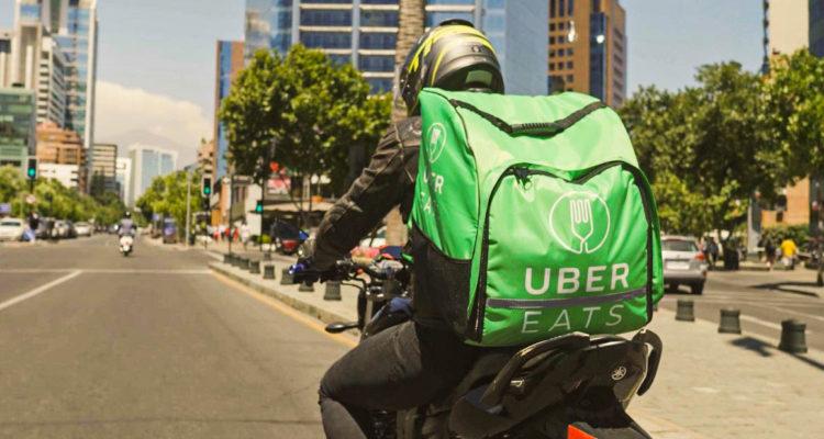 Más de 19 mil usuarios de Uber y Uber Eats fueron desactivados en Chile durante 2019