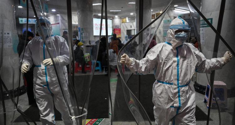 Expertos anticipan que coronavirus Covid-19 podría afectar PIB, desempleo y crecimiento chileno